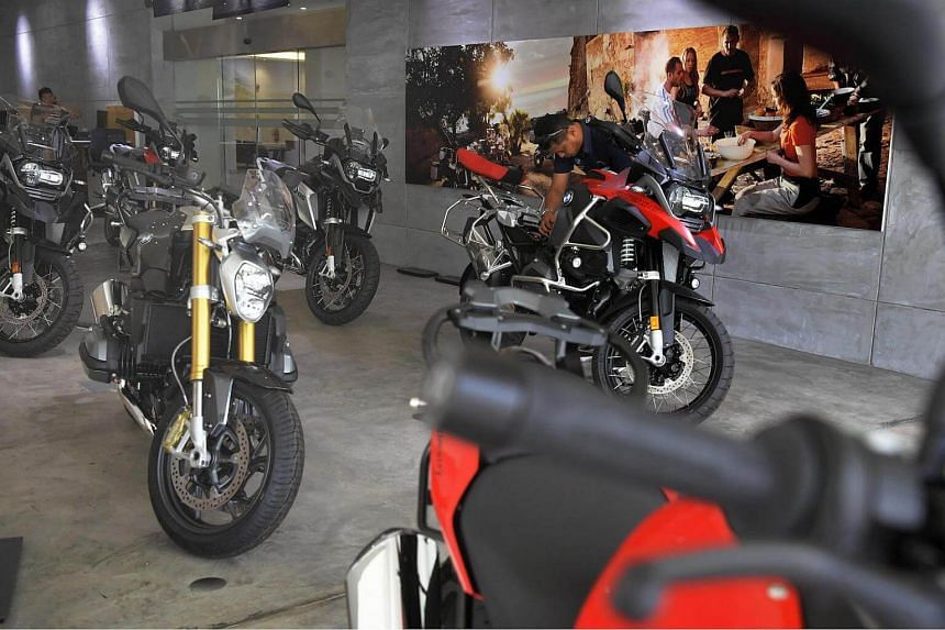 Motorcycle COE prices have been rising from below $2,000 in 2013 to breach $6,000 in 2015, and in the past year or so, it has been hovering around $6,500.