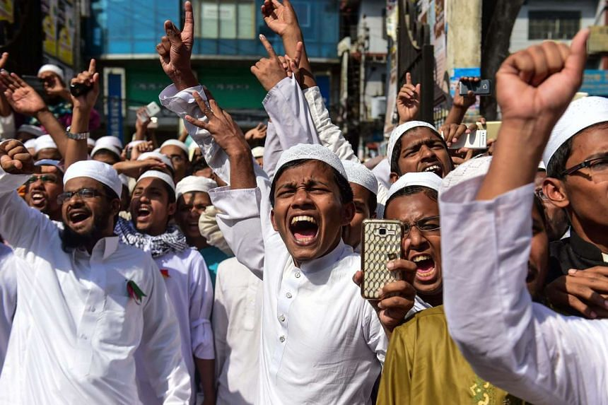 Activists from a Bangladeshi Islamist group in a protest on Feb 24, calling for the statue to be destroyed or removed.