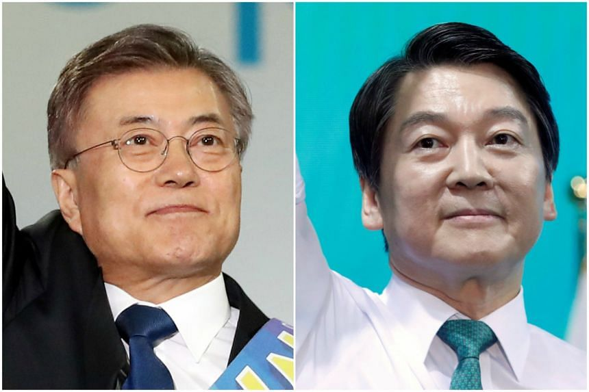 Moon Jae In (left) and Ahn Cheol Soo are South Korea's leading presidential candidates.