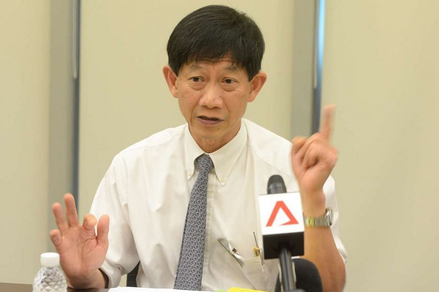 Professor Ang Chong Lye (above) will be succeeded by his current deputy, Professor Kenneth Kwek.