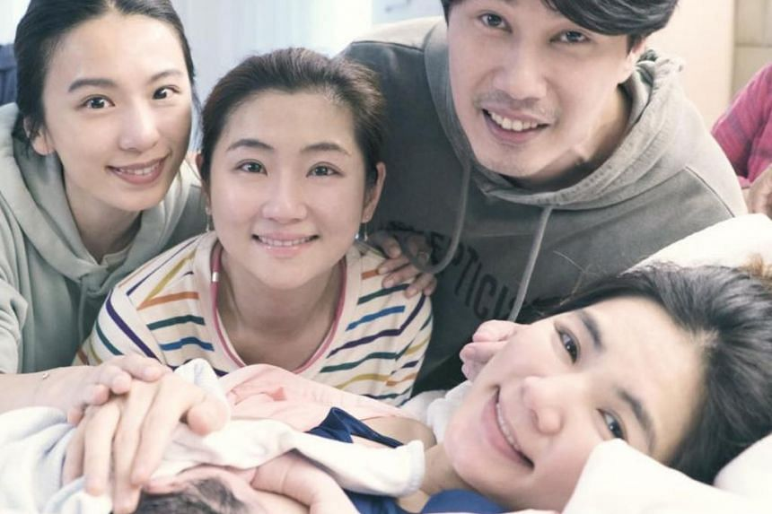 Ella Chen and her husband Alvin Lai with her S.H.E. group mates Hebe Tien (left) and Selina Jen (middle).