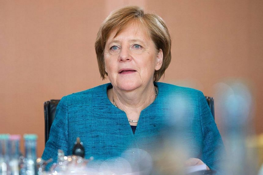 German Chancellor Angela Merkel has urged the United States and China to put political pressure on North Korea over its nuclear programme.