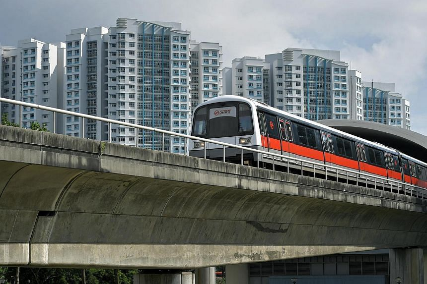 Advance preparatory works to make the Circle Line a complete loop, by joining HarbourFront station to Marina Bay station is expected to be completed in 2025.