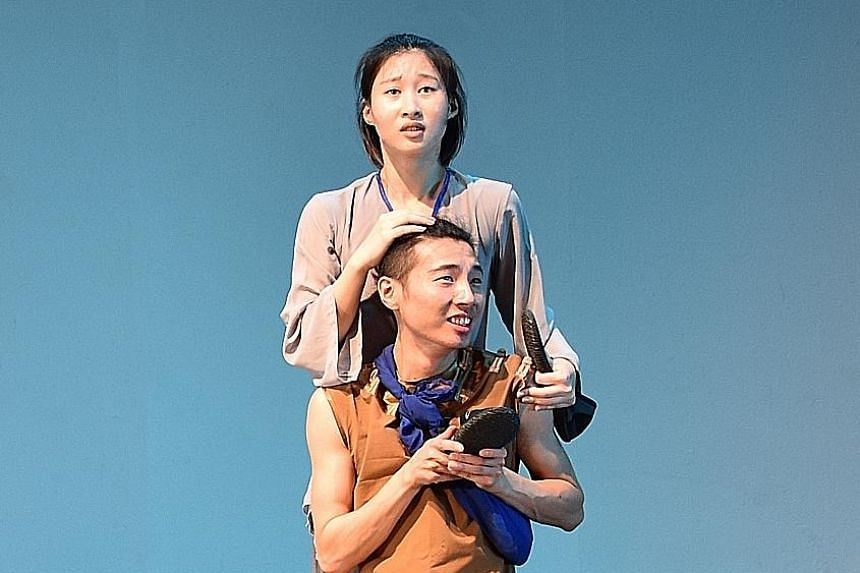 Zeng Xiang plays Ah Hock, the Hokkien immigrant from China, while Guo Shi Ying plays his mother.
