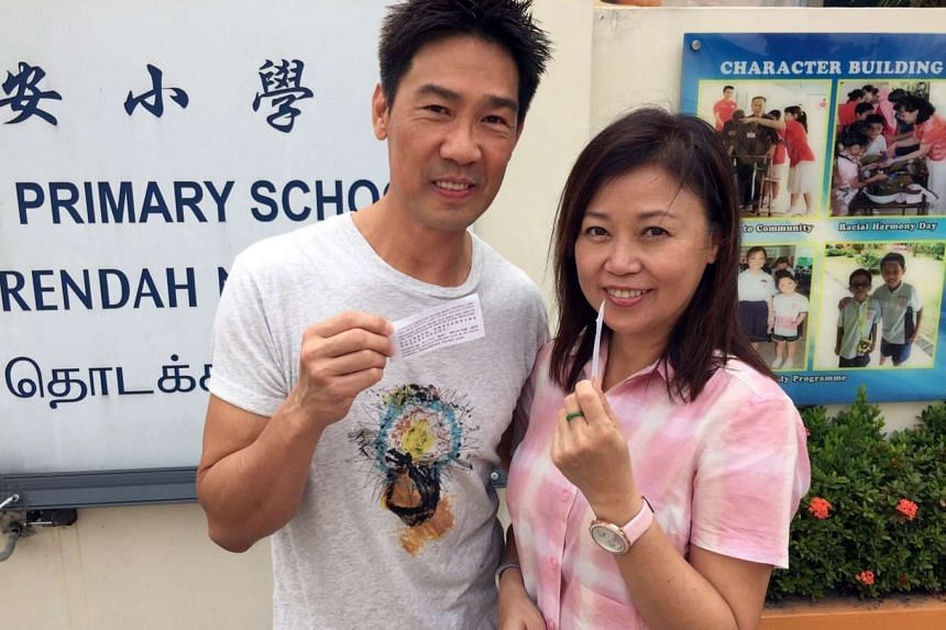 Local actor Edmund Chen, pictured here with his wife Xiang Yun in 2015, confirmed with The Straits Times that he has filed a police report.