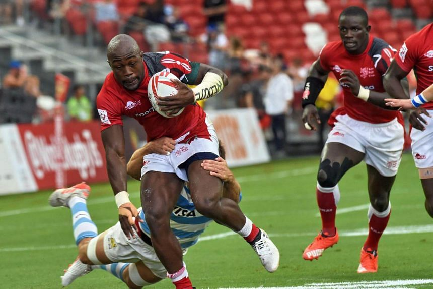 Frank Wanyama of Kenya running the ball against Argentina on Day One of the Singapore Rugby Sevens tournament, on April 15, 2017.