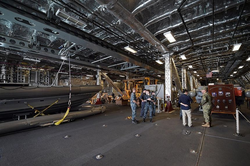 The USS Coronado's mission bay of 15,200 sq ft is more than twice the 6,400 sq ft mission bay of the Freedom-class LCS.