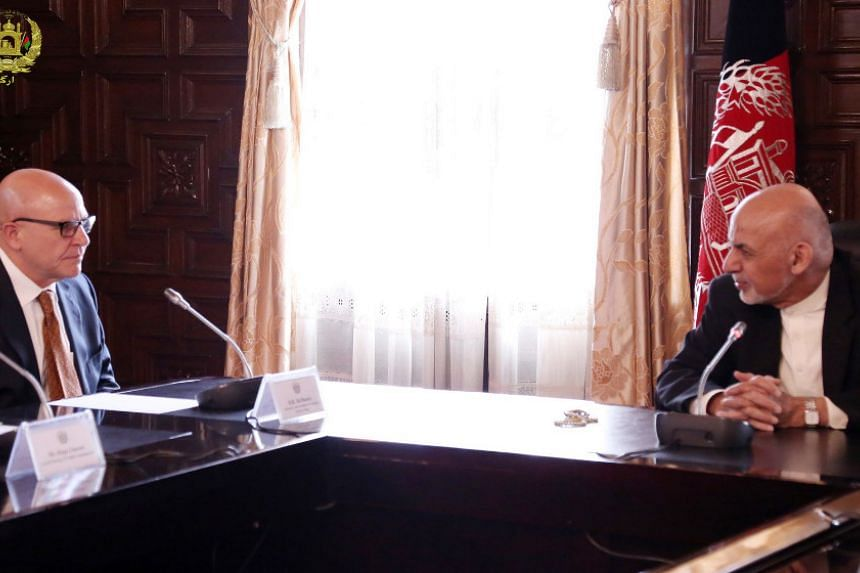 Afghan President Ashraf Ghani (right) in a discussion with US National Security Advisor General H.R. McMaster in Kabul.