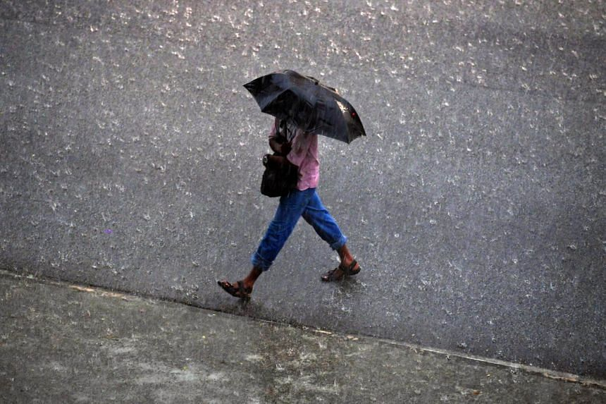 Short thundery showers are expected on six to eight days in the second half of April.