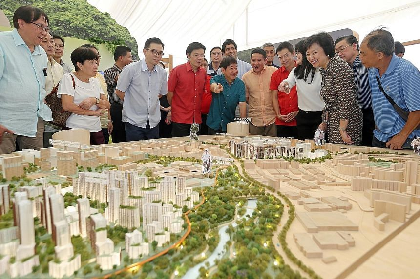 (From right) HDB chief executive Cheong Koon Hean, director Wong Li Eng of HDB's Urban Design Department, Sembawang GRC MPs Lim Wee Kiak, Amrin Amin (Parliamentary Secretary for Home Affairs), Vikram Nair and Khaw Boon Wan (Transport Minister and Coo