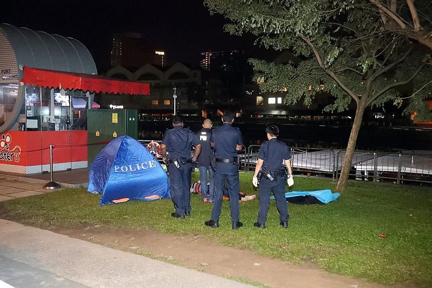 The body of a Chinese woman in her 50s was found in the Singapore River early yesterday morning. Police are investigating the unnatural death. Last Thursday, the body of a man in his 60s was found in the Singapore River.