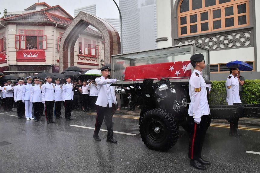 The gun carriage carrying the casket.