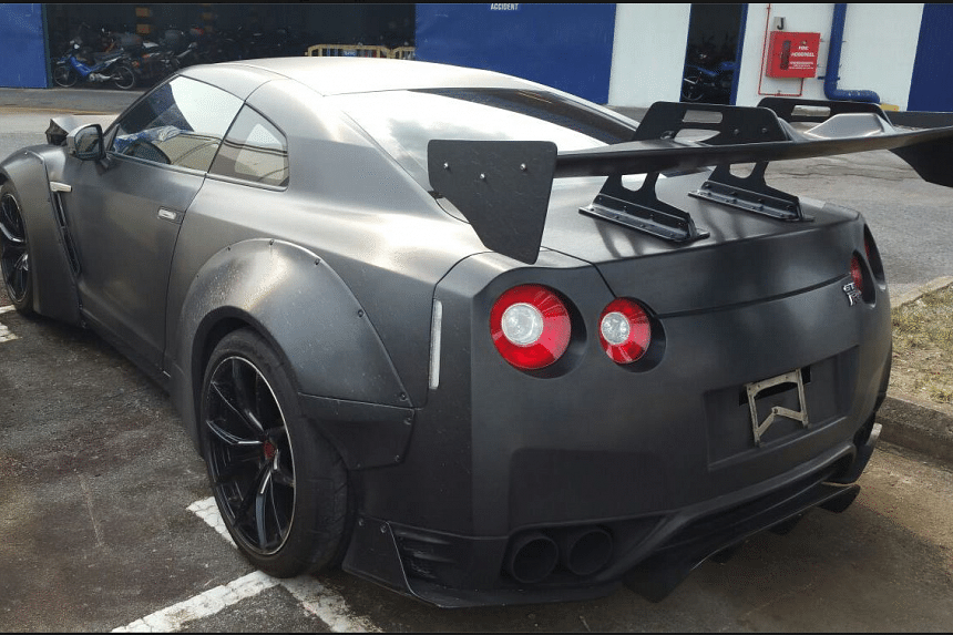 The back of the Nissan GT-R after the accident.