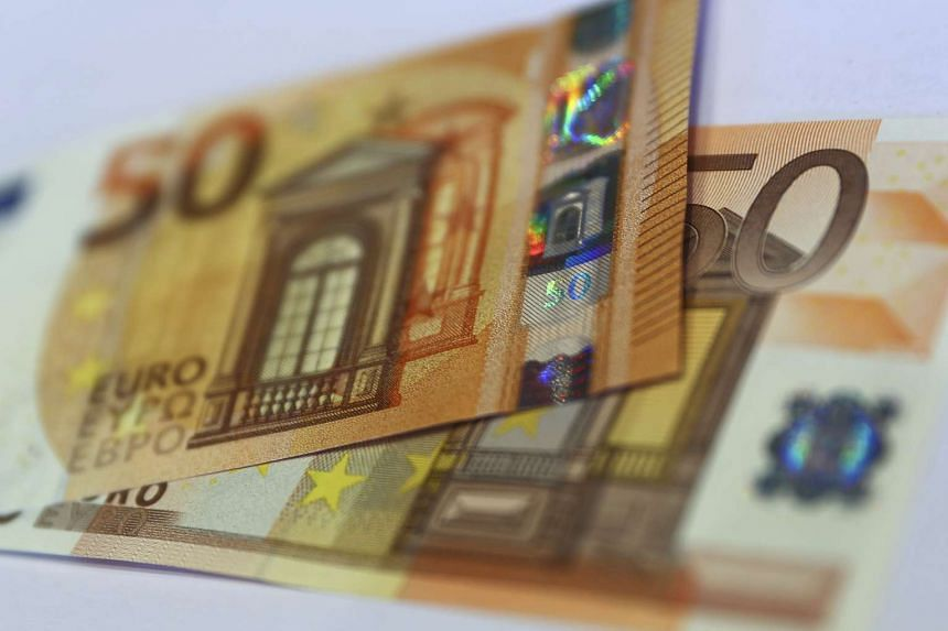 The German Central Bank (Bundesbank) presents the new 50 euro banknote at its headquarters in Frankfurt, Germany, on March 16, 2017.