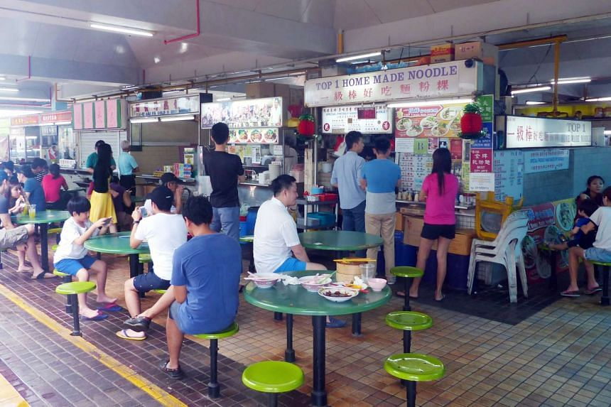 On Tuesday (April 25), Lianhe Wanbao reported that the management behind the food centre had retracted their initial decision to stop operations in May.