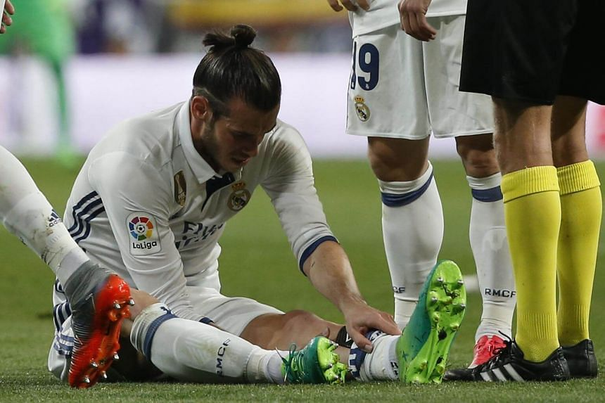 Real Madrid's Gareth Bale suffered another calf injury during the Spanish league football match between Real Madrid CF and FC Barcelona on April 23, 2017.