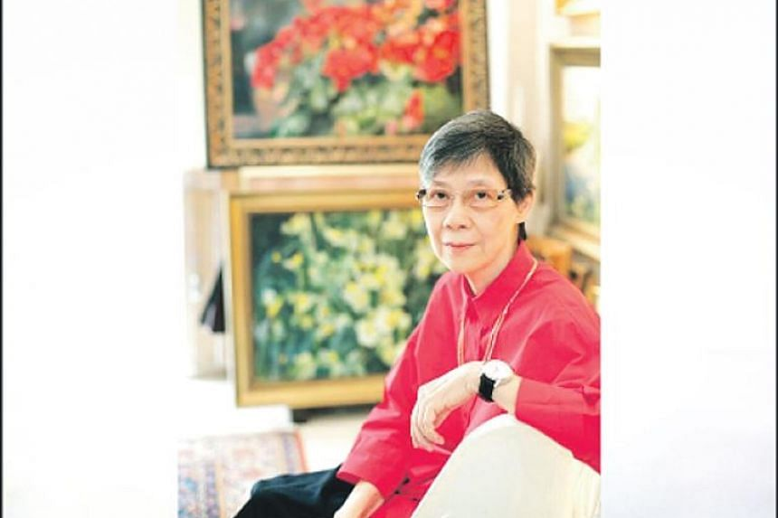 Lee Boon Ngan (above) specialised in painting flowers in oil, but shunned the limelight.