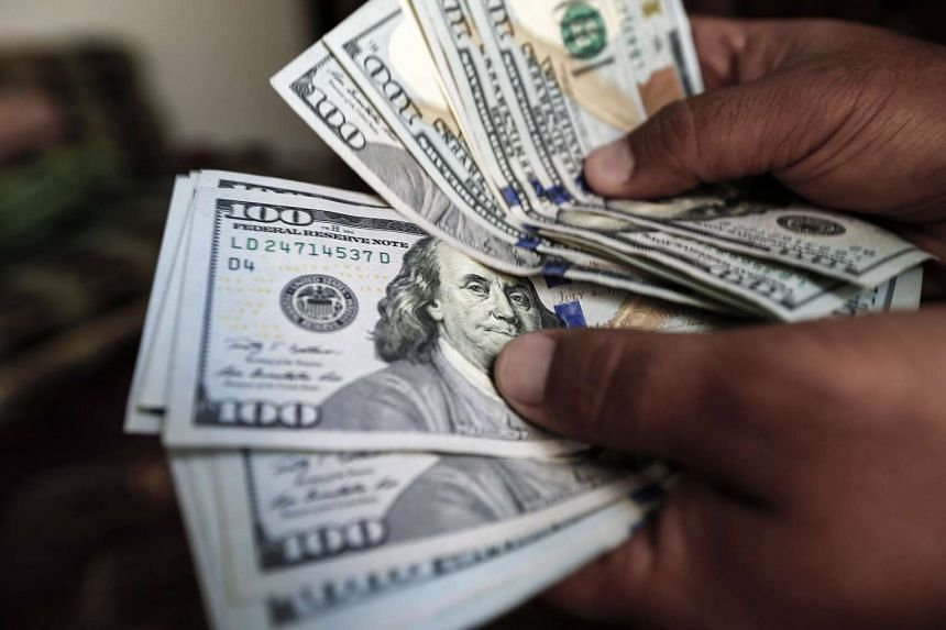 Overall, 38 percent in the United States said they would be willing to go cash-free, according to a survey.
