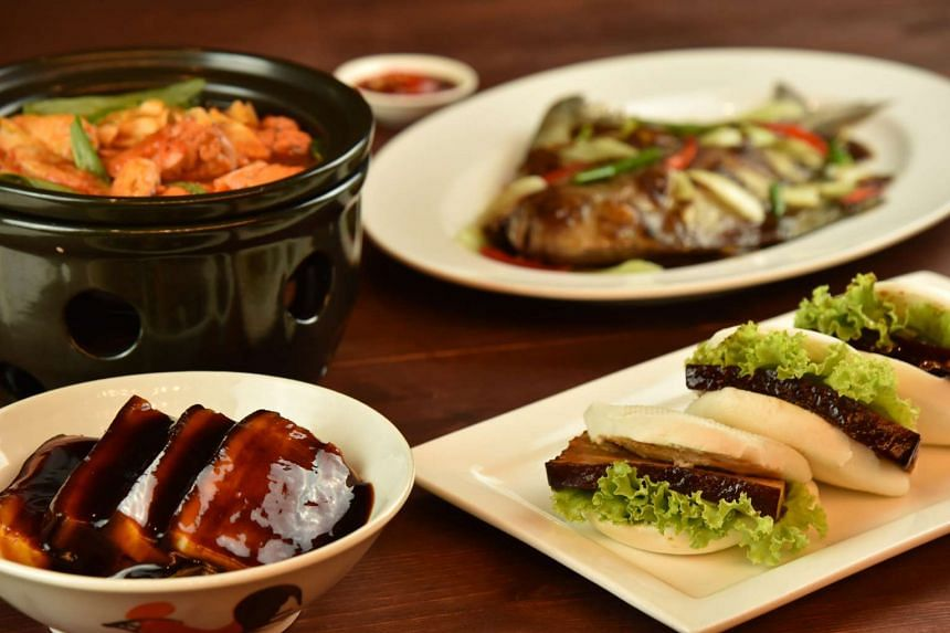 The Appreciation Set Lunch, inspired by local traditional recipes from a bygone era, comprises dishes such as deep-fried black pomfret with leek and salted bean and stir-fried boiled chicken with ginger.