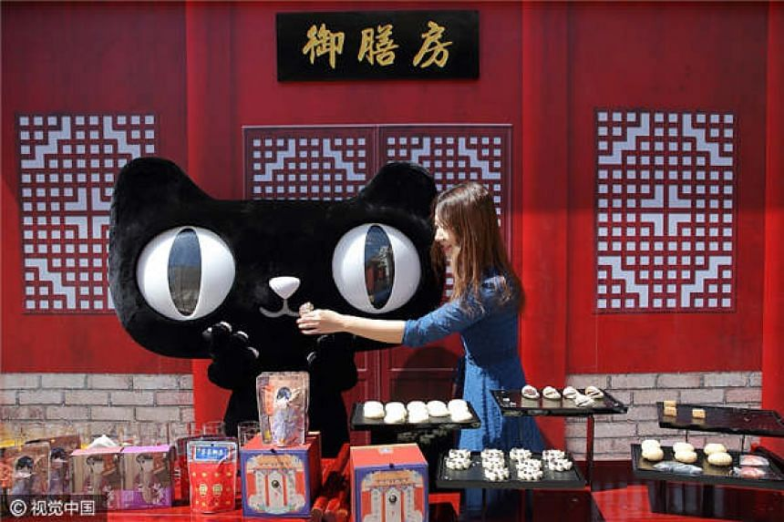 A food tasting was held at the Forbidden City to promote the new food line. PHOTO: CHINA DAILY/ANN