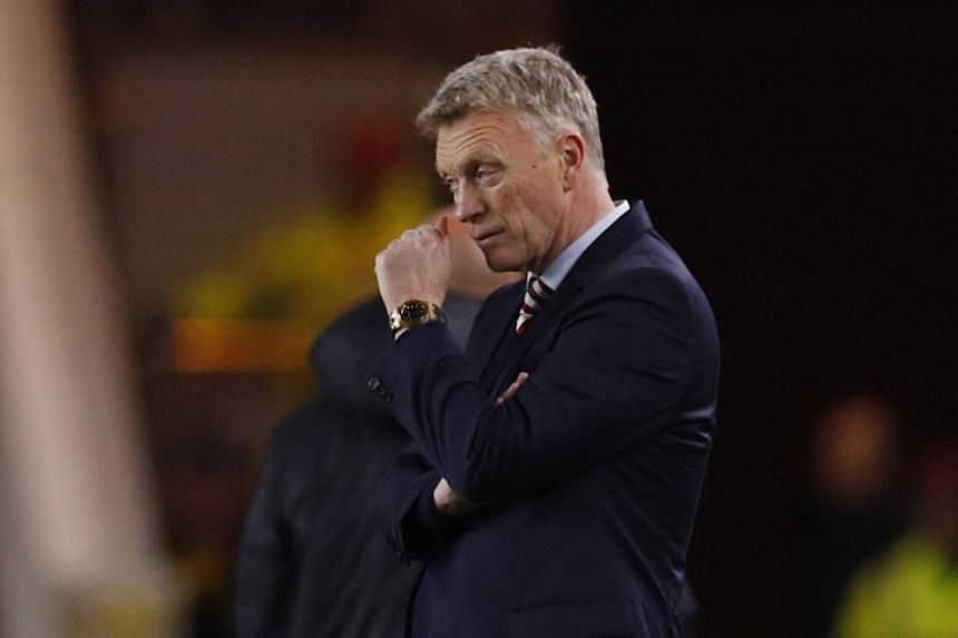 Sunderland manager David Moyes looks dejected at the Premier League match between Middlesbrough and Sunderland at The Riverside Stadium on April 26, 2017.