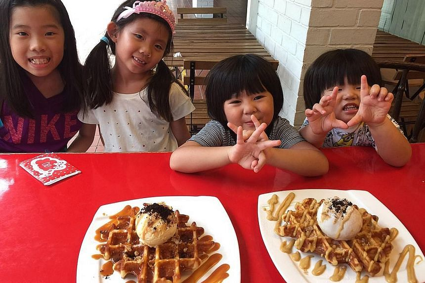 When eating out, keep children happy with kid-friendly food.