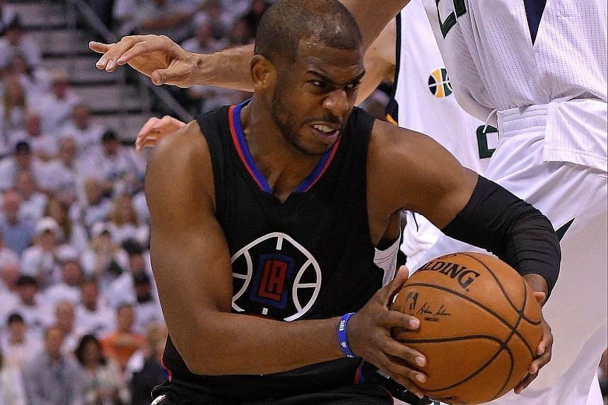 Los Angeles Clippers point guard Chris Paul rose to the occasion, leading his team with 29 points during their 98-93 win over the Utah Jazz to keep the Clippers' play-off campaign alive. Los Angeles will bank on home support in the Game Seven decider