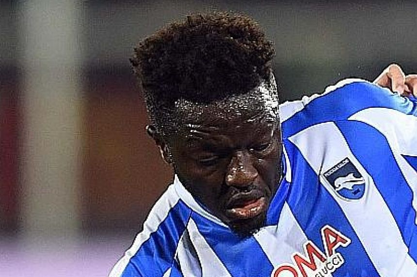Pescara's Ghanaian Sulley Muntari was the target of Cagliari fans during a Serie A match on Sunday.