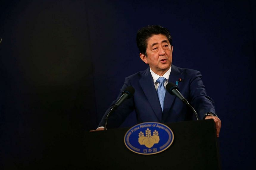Japanese Prime Minister Shinzo Abe said that the revision should include a new clause acknowledging Japan's Self-Defence Forces (SDF) as constitutional.