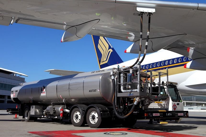 An SIA Airbus A350-900 being refueled with biofuels.