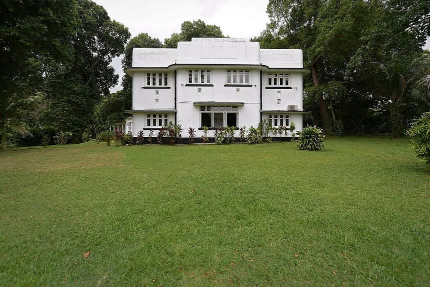 A colonial house dating from 1933 is one of the highlights of the Labrador and Alexandra tour run by civic group My Community. This unique residence was built by the Public Works Department as part of a military estate at Alexandra Park to accommodat