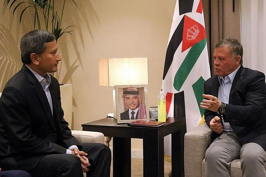 Minister for Foreign Affairs Vivian Balakrishnan in talks with Jordanian King Abdullah II ibn Al Hussein on Saturday. Dr Balakrishan met the King during a two-day visit to the Hashemite Kingdom which ended yesterday. During their meeting, Dr Balakris