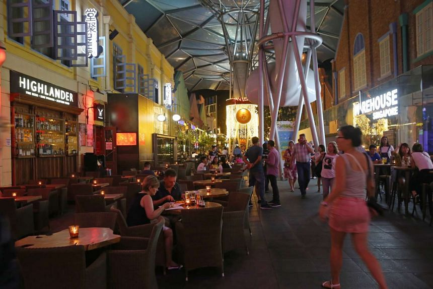 Nightspots and eateries at Clarke Quay.