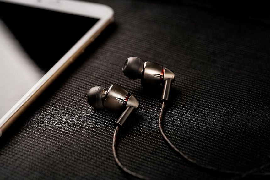 1More's Quad Driver In-Ear earphones feature four drivers - three balanced armatures and one dynamic.