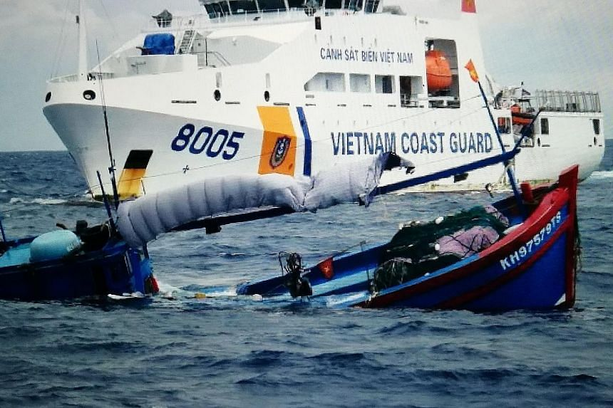 The Indonesian patrol craft's log indicates that in the incident on Sunday, a Vietnamese coast guard vessel rammed against one of the fishing boats, effectively sinking it.