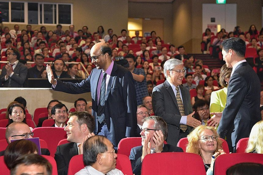 At ITE's 25th anniversary celebrations held at the institute's headquarters in Ang Mo Kio yesterday were (from left) Deputy Prime Minister Tharman Shanmugaratnam, former education minister Lee Yock Suan and Education Minister (Higher Education and Sk