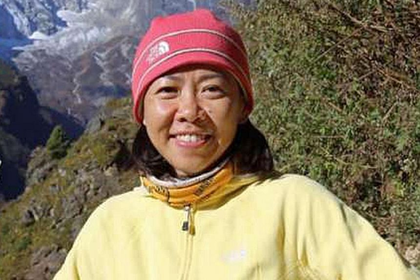 Singaporean Amy Wong Kum Ling died in her hotel room. She wanted to take part in the Tenzing Hillary Everest Marathon.