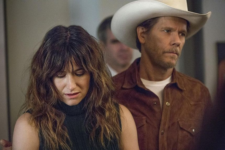 Kevin Bacon (right) stars in the Amazon drama series, I Love Dick, with Kathryn Hahn (left).