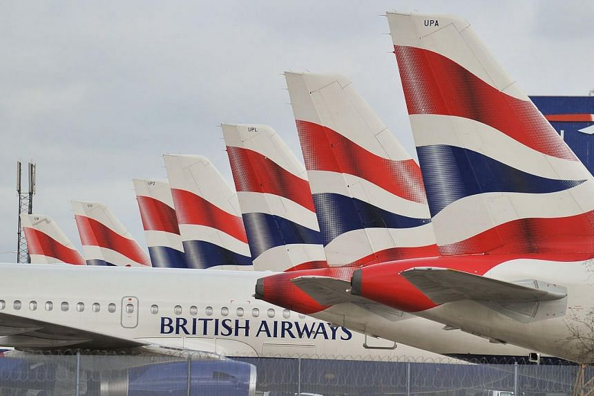 British Airways chief executive Alex Cruz will not resign, saying that the disruption had nothing to do with cutting costs.