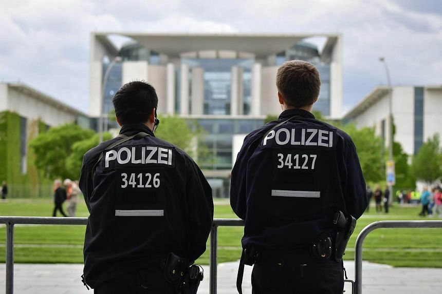 Police detained a 17-year-old Syrian boy on May 30 for allegedly plotting a suicide bombing attack in Berlin.