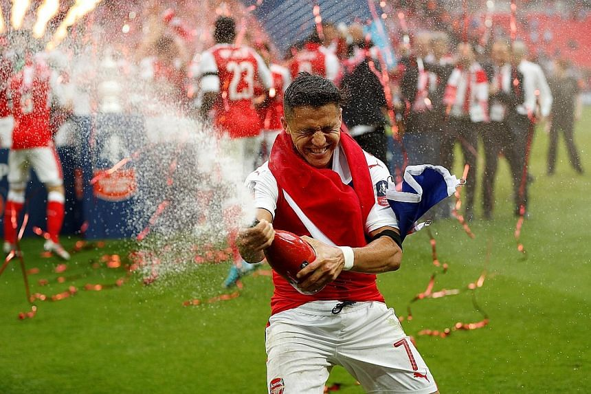 Arsenal forward Alexis Sanchez has his heart set on a move to Bayern Munich with only 12 months left on his existing contract.