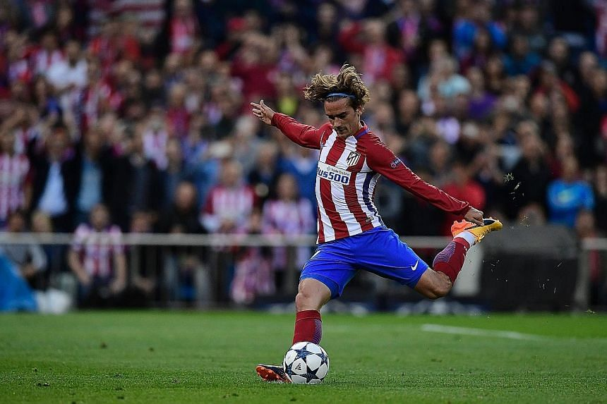 Atletico Madrid forward Antoine Griezmann has been widely tipped to end his three-year spell at the LaLiga club, with Manchester United strongly linked to him.