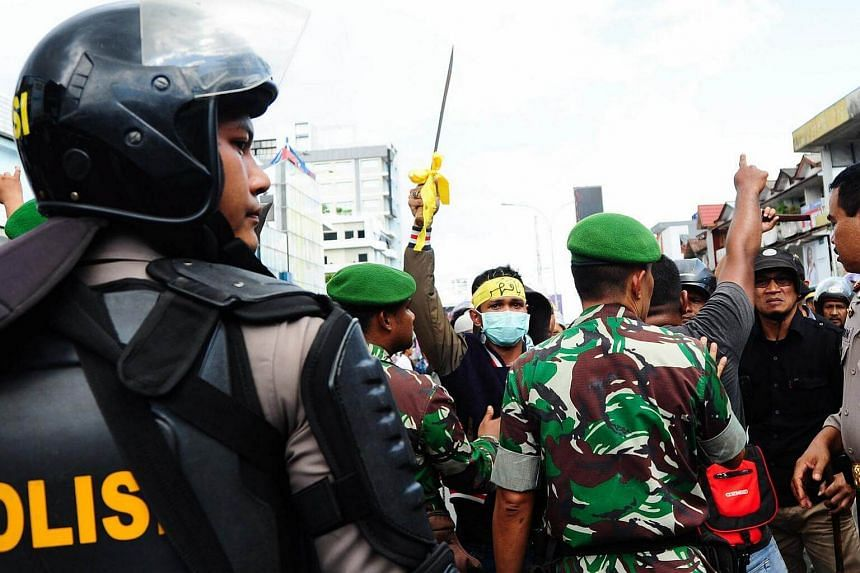 Indonesian authorities have beefed up territorial defense in Ambon, Maluku, and North Sulawesi to combat the spread of ISIS.