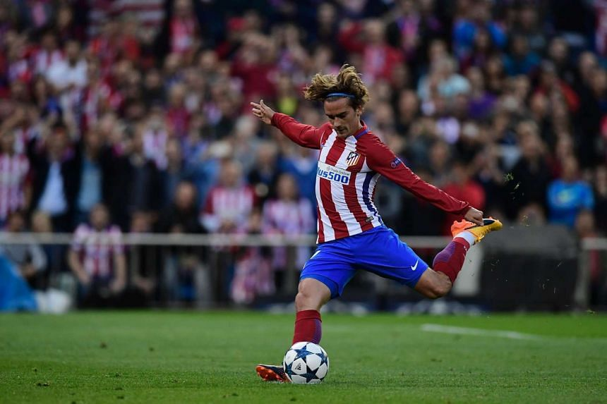 Atletico are reported to be hoping to sell striker Antoine Griezmann to Manchester United.