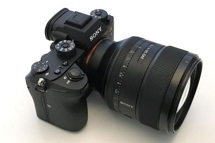 The new Sony α9 has a shooting speed of up to 20 frames per second with 693 autofocusing points, making it ideal for sports photographers.