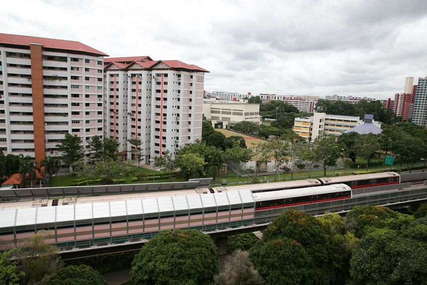 Railway noise barriers will be constructed at 20 new locations on the North-South and East-West Lines.