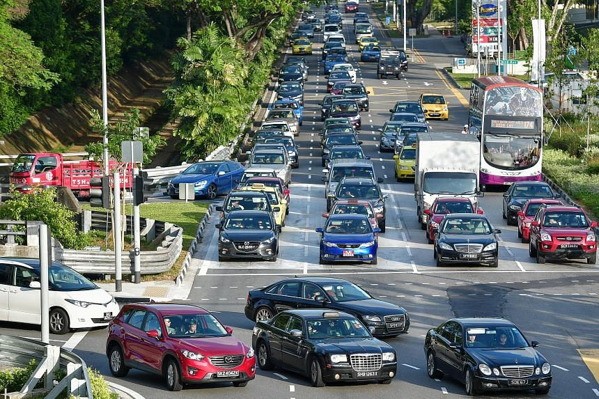 The average mileage statistics do not include private-hire cars or taxis, which contribute substantially to traffic congestion.