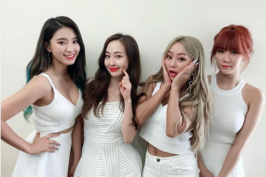 K-pop group Sistar are going out with a big bang with their final single, Lonely, topping major music-streaming charts in South Korea. The quartet are calling it quits after seven years in the business, surprising many fans as there have been no repo