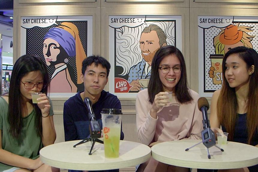 Four students pit their favourite Gong Cha drinks against the LiHo alternatives in a video taste test.