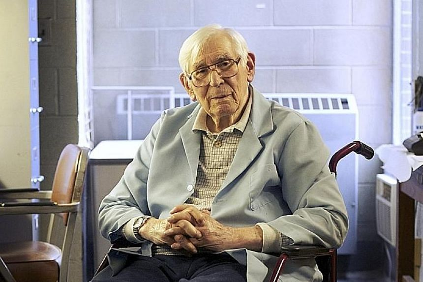 Dr Fred Kummerow fought the food industry and prevailing medical practices for decades.